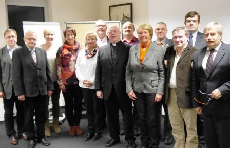 141028_DV Paderborn trifft Erzbischoff www